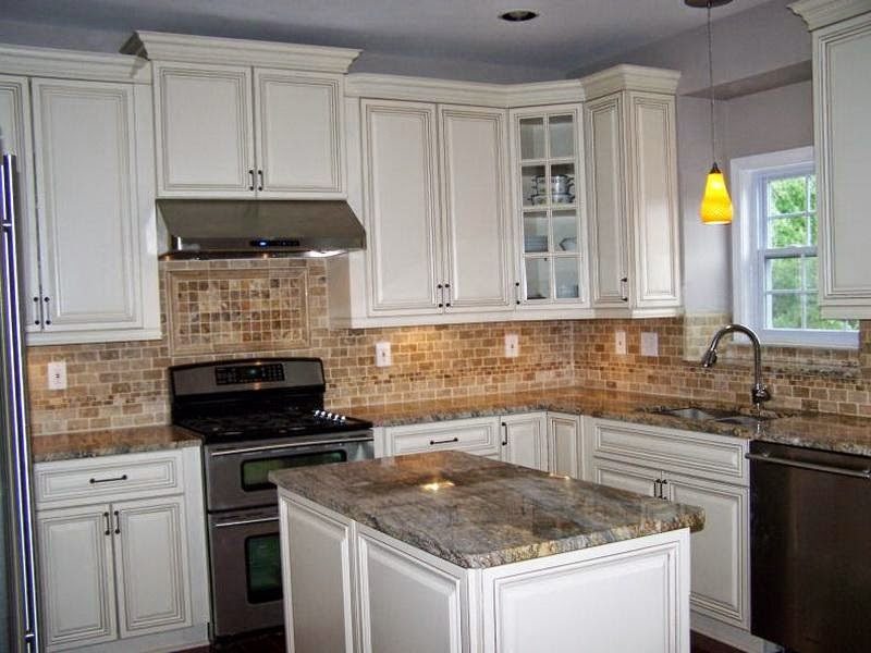 Inspiring white kitchen cabinets with granite countertops with white kitchen cabinets with black granite countertops images and antique white kitchen cabinets with black countertops