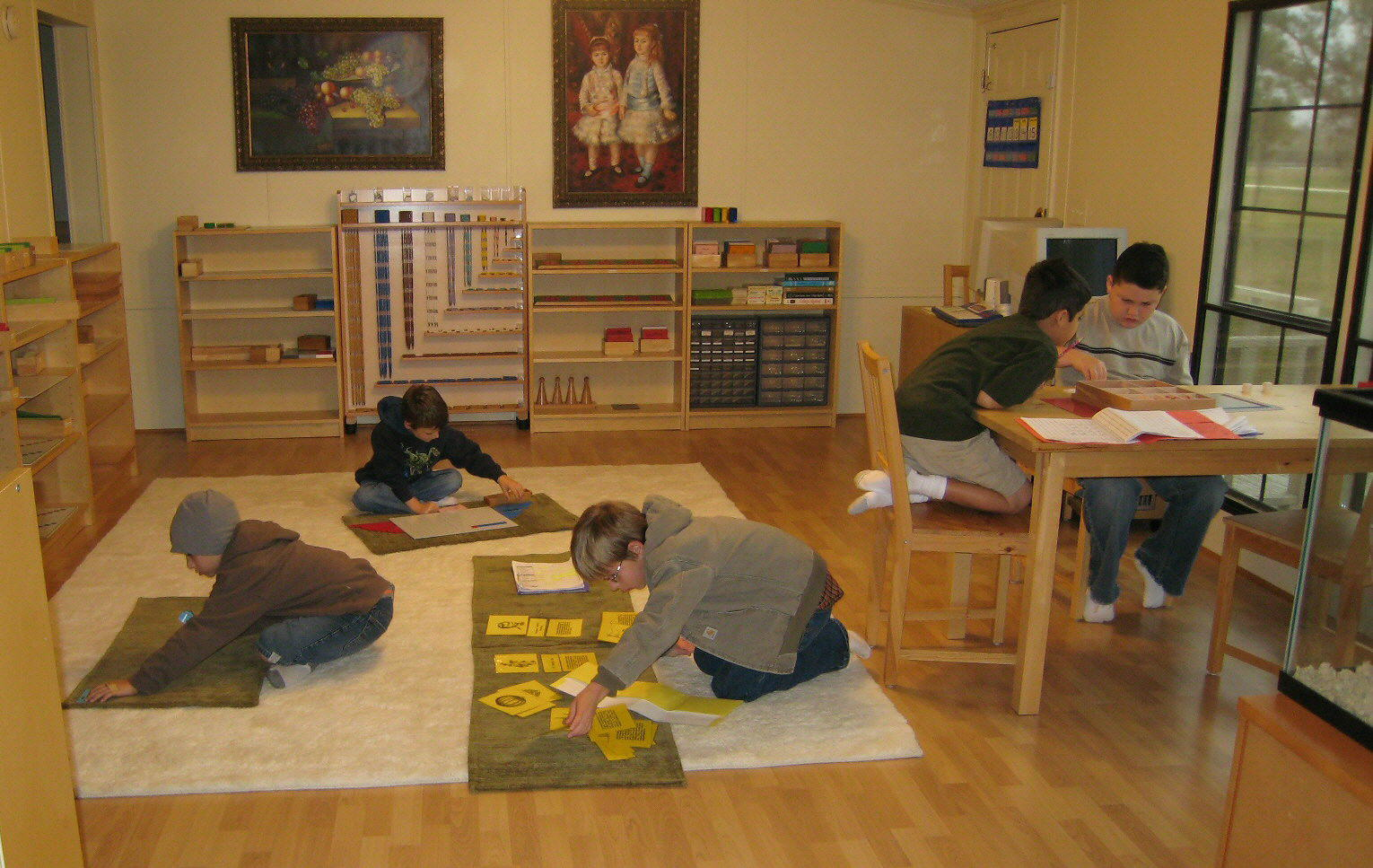 montessori course assignments This 60-hour course is an introduction to dr montessori's educational theory and practice with children - for classroom assistants, teachers, administrators, parent educators, parents, parents-to-be, nannies, and.