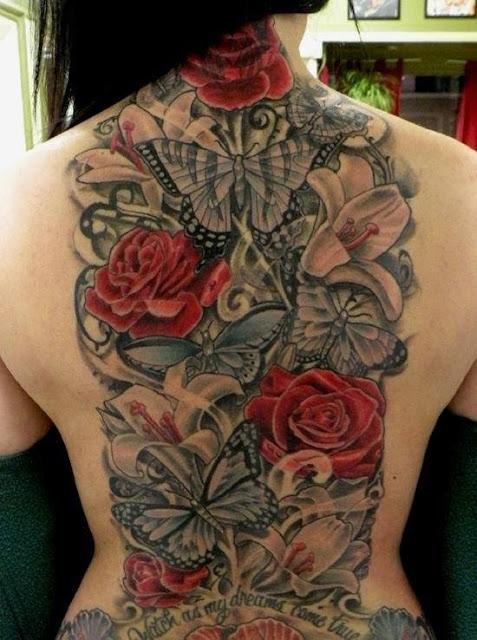 Tatuaje rosas y mariposas