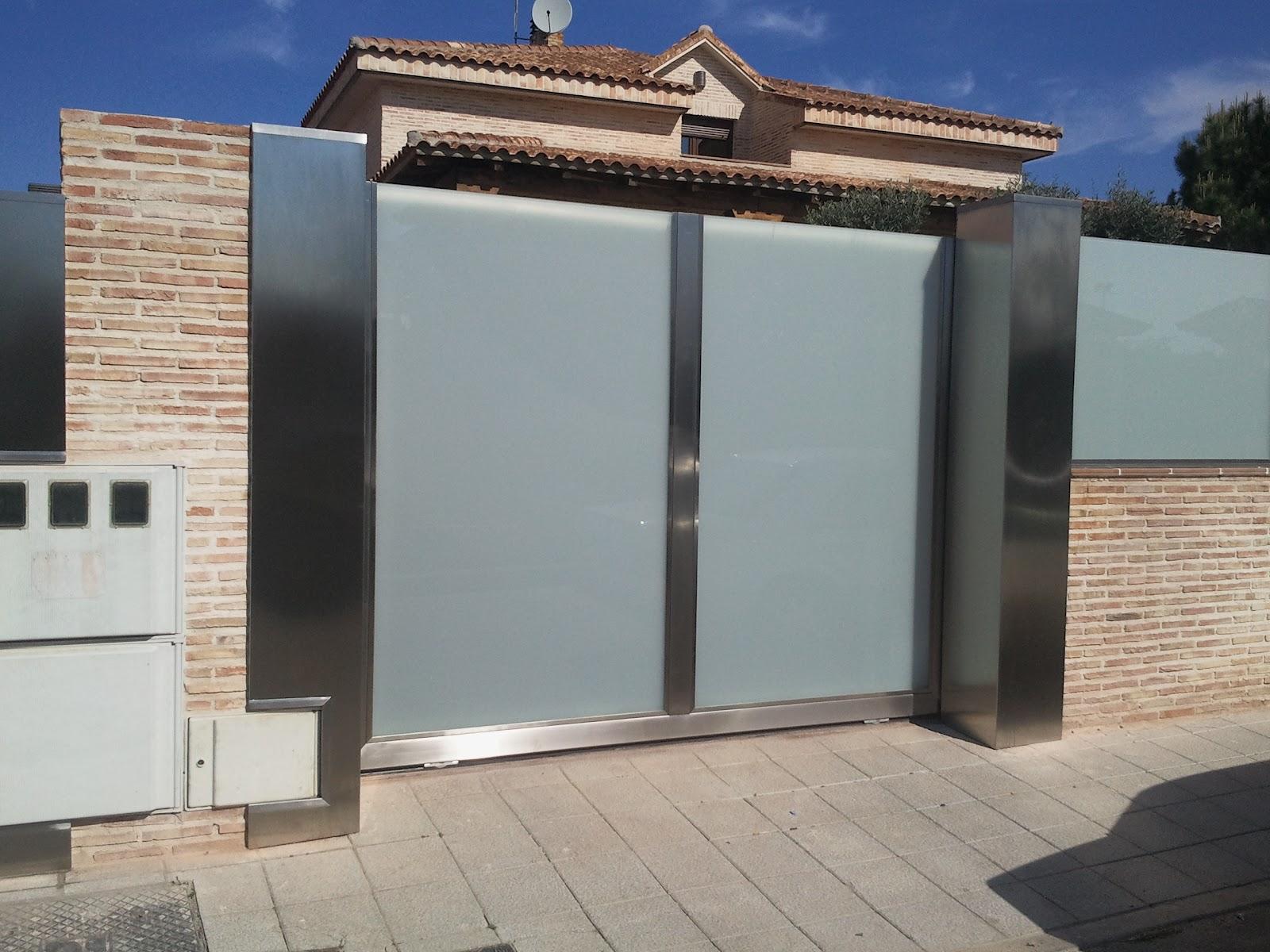 Acero corten acero corten acero inoxidable escaparates barandillas fachada ventilada - Puertas de chalet ...