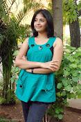 Actress Anjali New Photos, Anjali hot photoshoot stills-thumbnail-6
