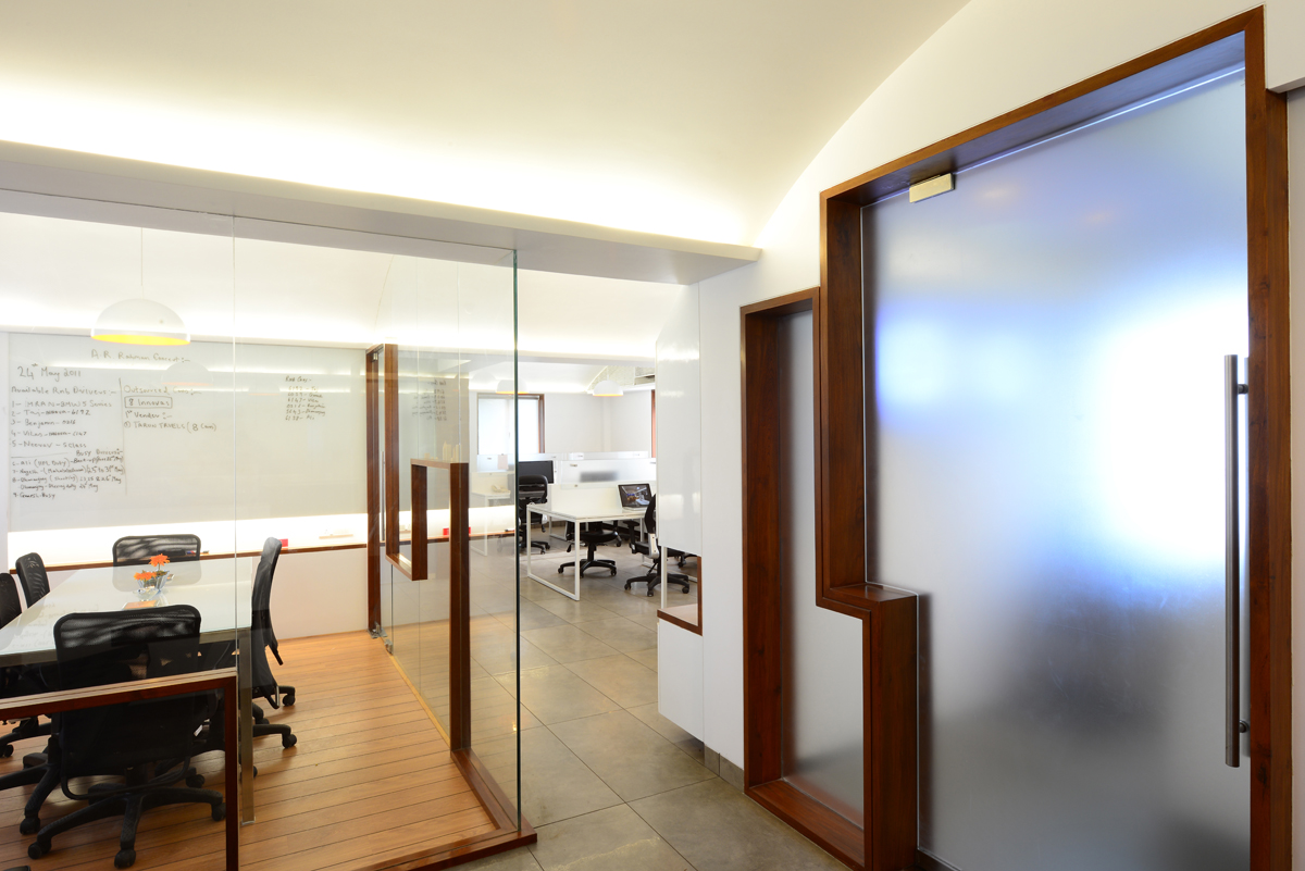 Design pataka 20 office by jugal rahul mistri of for Office door entrance designs