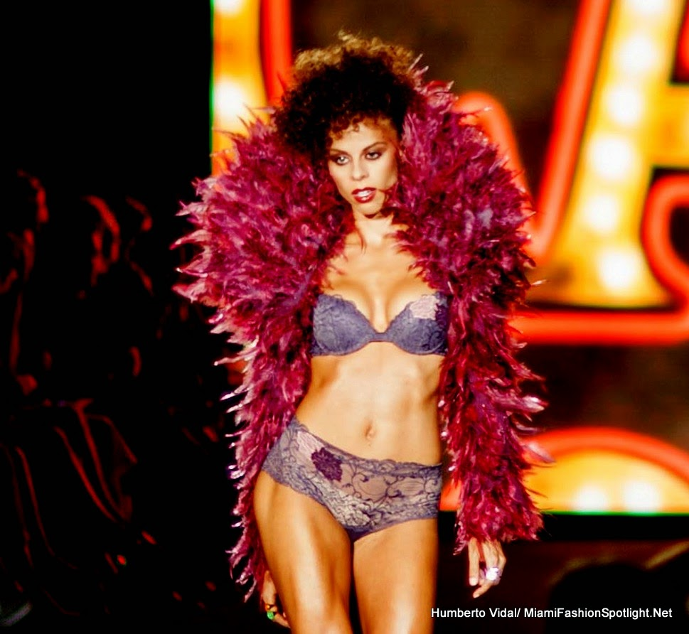 MFW 2014: In Exclusive, Carpe Diem by Andres Sarda.