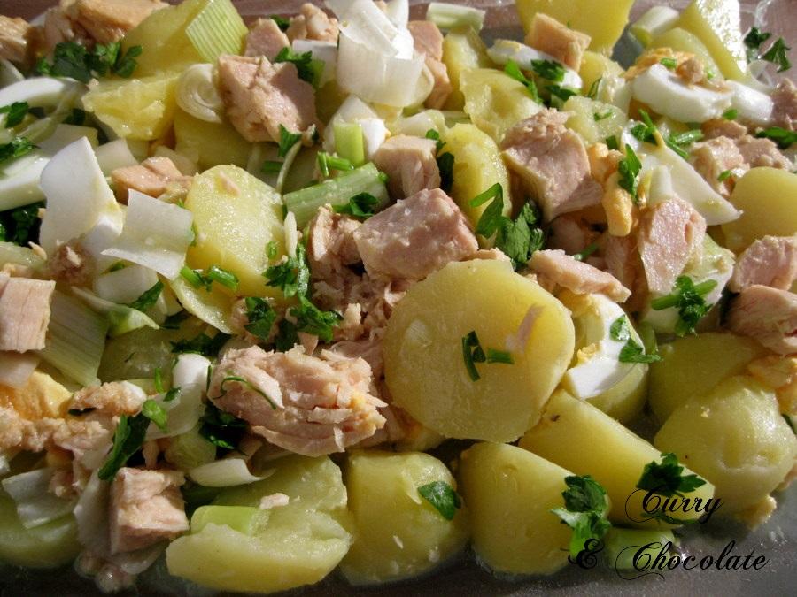 """""""Papas aliñás"""" andaluzas o aliño de patatas cocidas – Andalusian potato salad"""