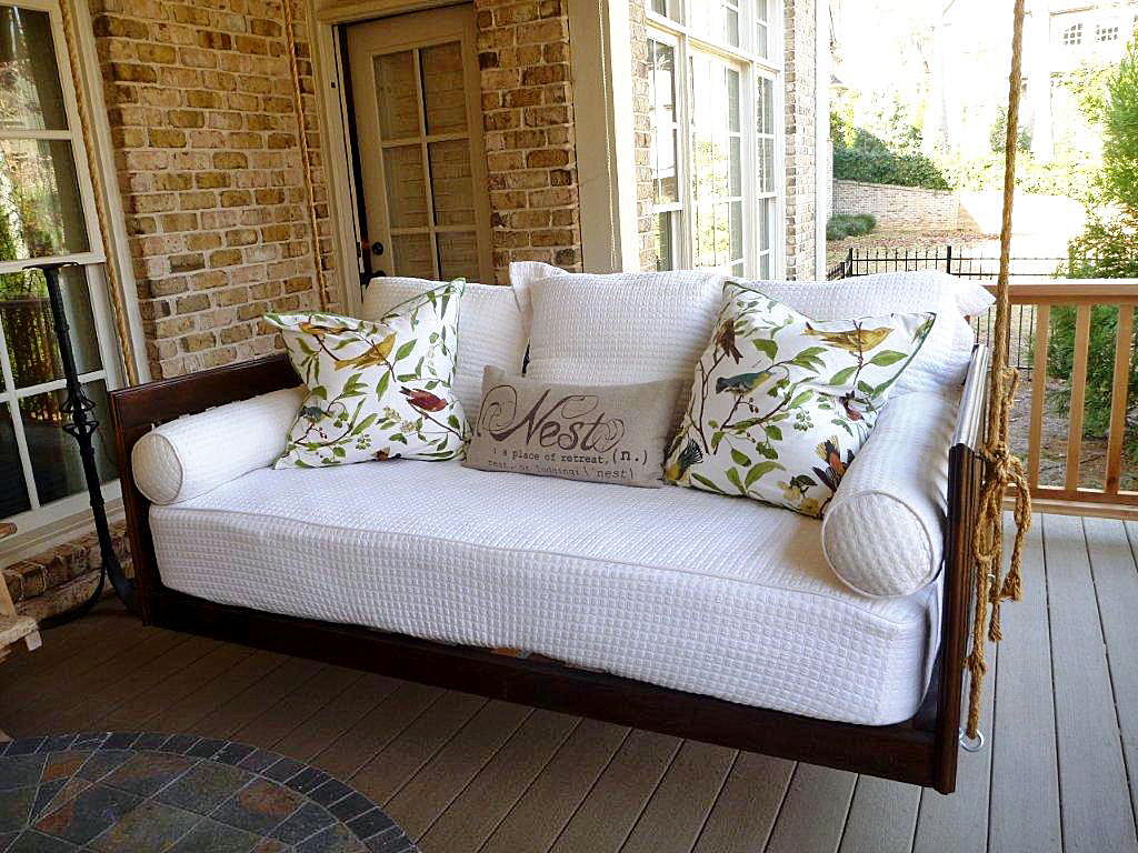 Monthly inspiration outdoor furniture for Round hanging porch bed