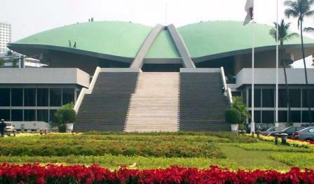 kabar-aneh.blogspot.com - Inilah Bukti Kemegahan Indonesia Peninggalan Orde Lama