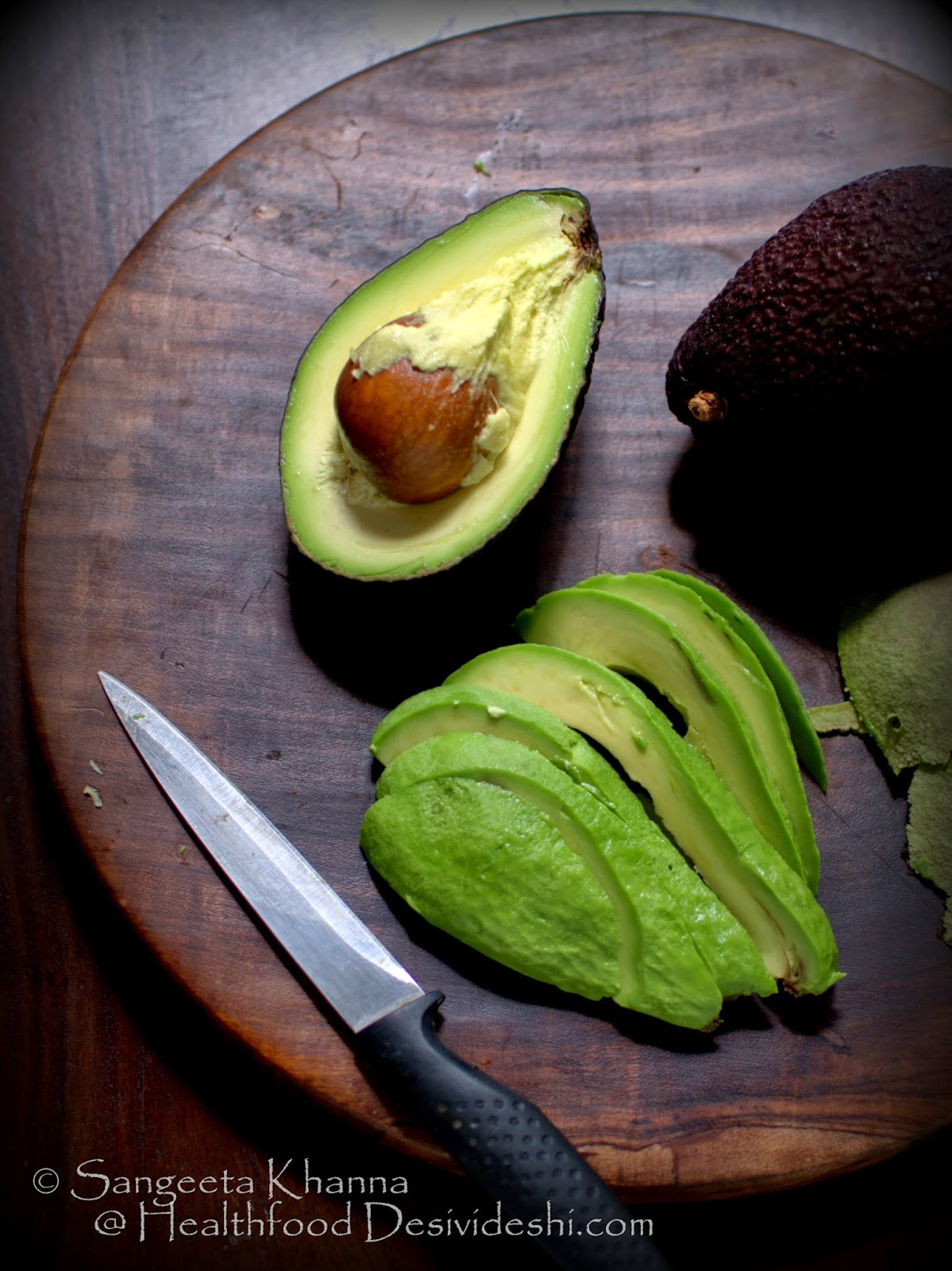 how to choose the best ripe avocado and how to use them to get the best nourishment from them | a recipe of avocado strawberry yogurt