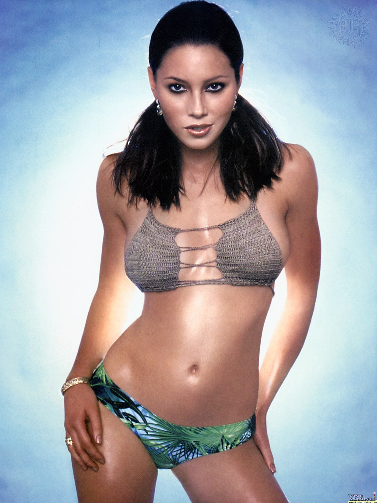 http://1.bp.blogspot.com/-ooEfL9hbFXU/Tq6KzKNgN9I/AAAAAAAACvI/OkY2XY9hC18/s1600/jessica-biel_hot_bikini_100.jpg