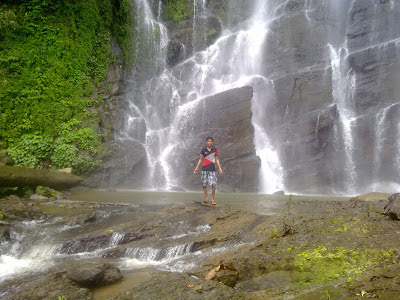 At Jadipai waterfall.