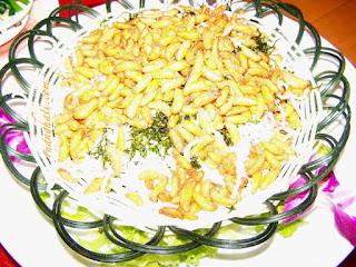 Ulat Larva Tawon