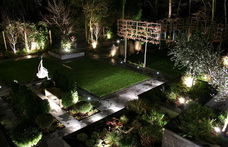 Led garden lighting different types mozeypictures Image collections