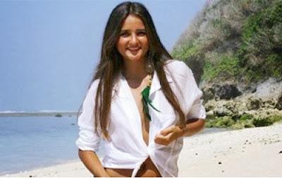 Catarina Migliorini, Pelajar Kolej Di Brazil Yang Melanjutkan Lelongan Dara