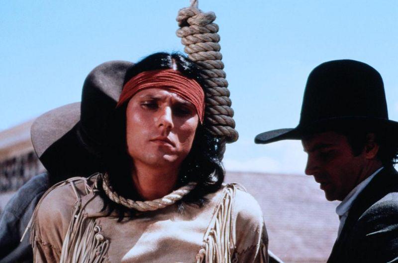 michael+horse+noose.jpg