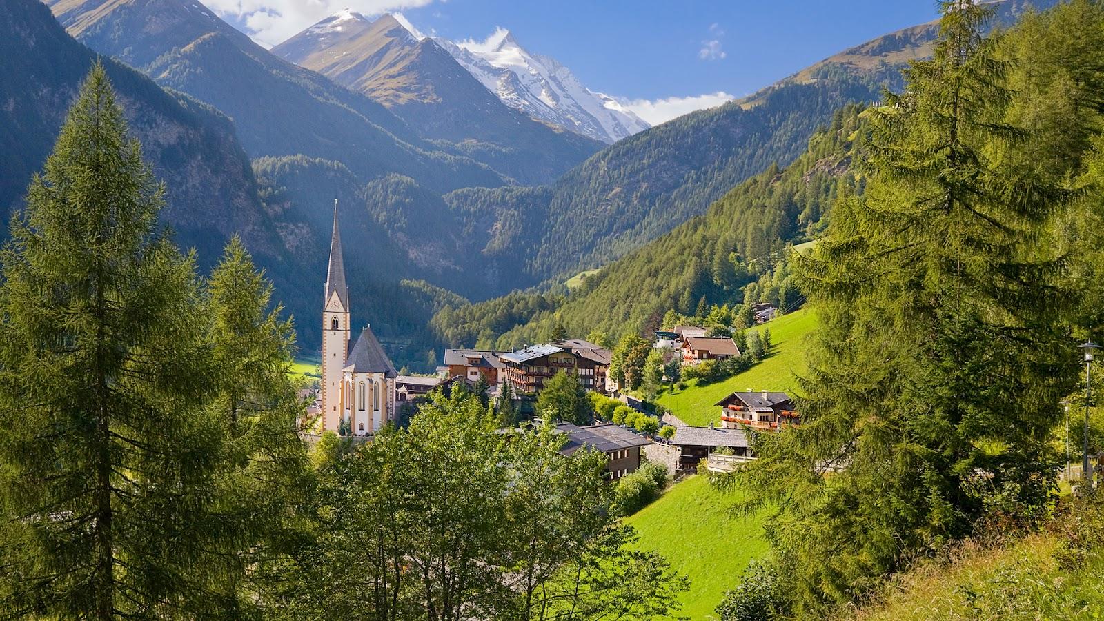 http://1.bp.blogspot.com/-oosNaUGiTpM/UAfD5cUNo_I/AAAAAAAADH8/izO-4zei2kk/s1600/Heiligenblut+Village%252C+Austria.jpg