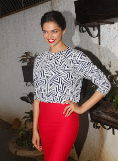 Deepika Padukone Pictures at Finding Fanny Special Screening ~ Celebs Next