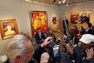 Sylvester Stallone em Exposição de suas Pinturas na Suiça