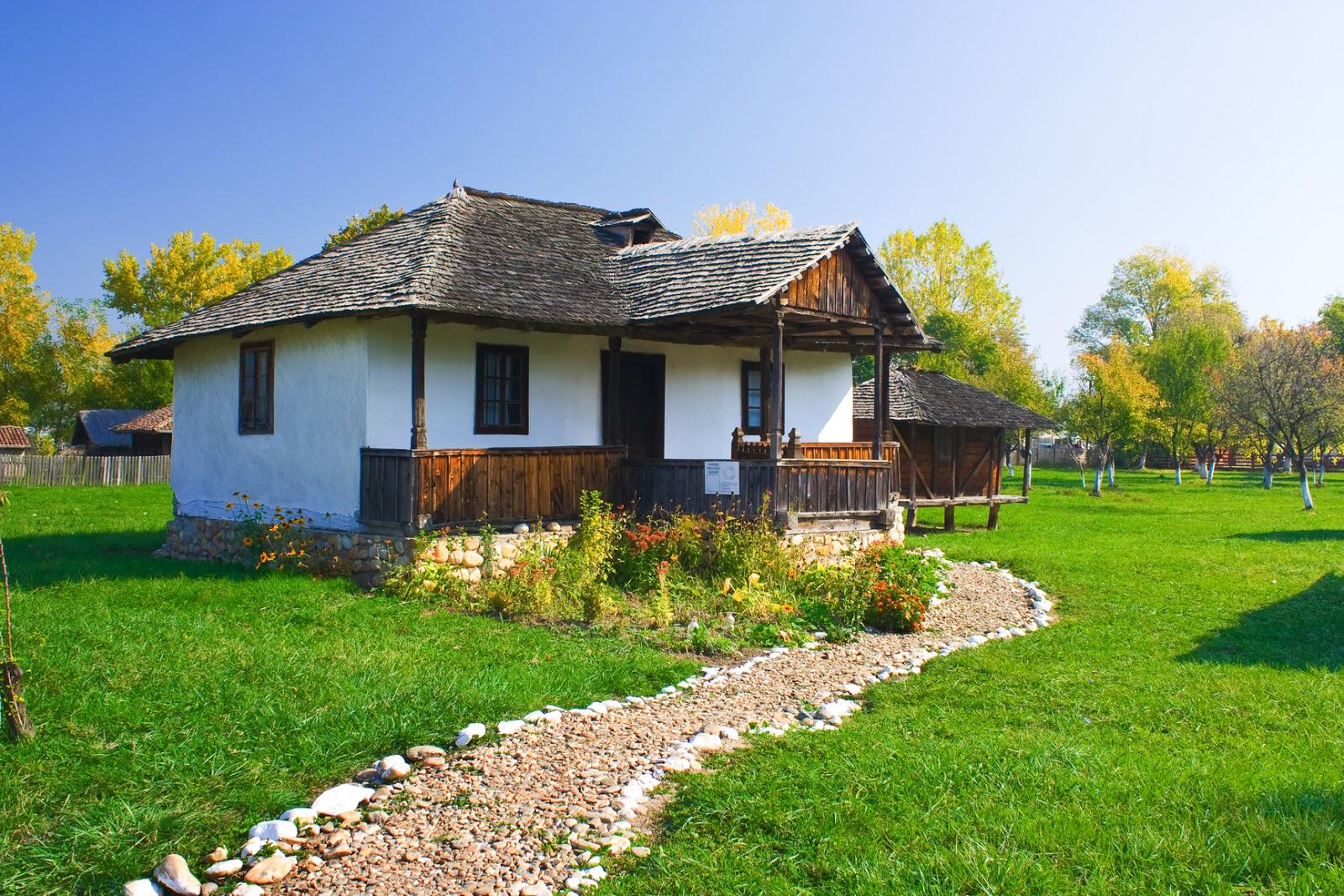 Banco de im genes 20 fotos recientes de paisajes for Casas modernas rurales