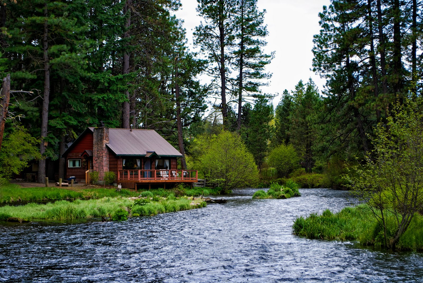 River side cabin made of dreams cabins for Cabin in the woods oregon