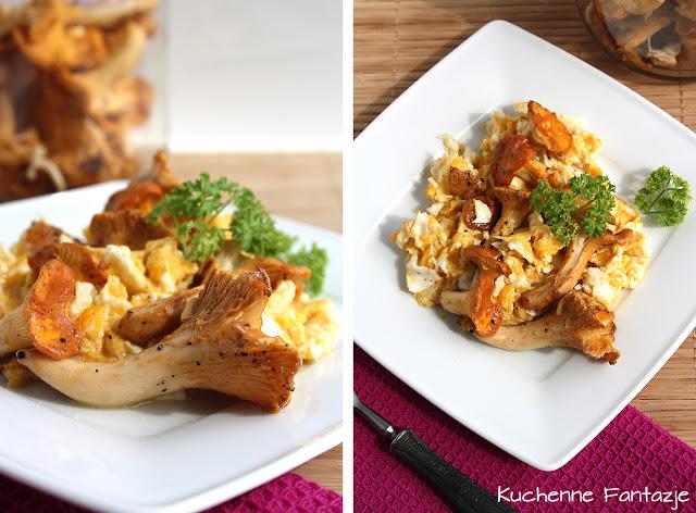 jajcznica, kurki, masło, grzyby, śniadanie