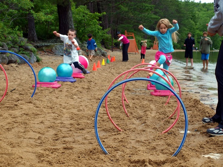 10 Obstacle Course Ideas for Kids | Everyday Parties