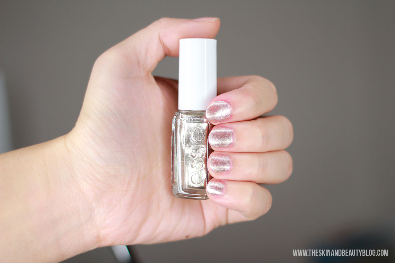 Essie Jiggle Hi Jiggle Low Nail Polish review swatches