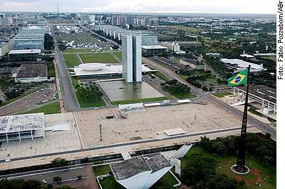[Imagem: BRASILIA+-+EIXO+MONUMENTAL.jpg]