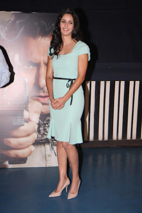 "katrina kaifsalman khan promoting ""ek tha tiger"" at mumbai. actress pics"
