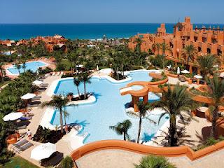 Jardines y piscinas del Barceló Sancti Petri