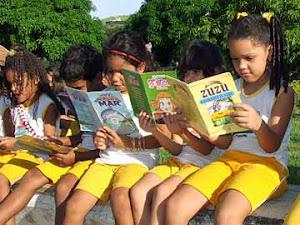 A educação é a arma mais poderosa que você pode usar para mudar o mundo. (Nelson Mandela)