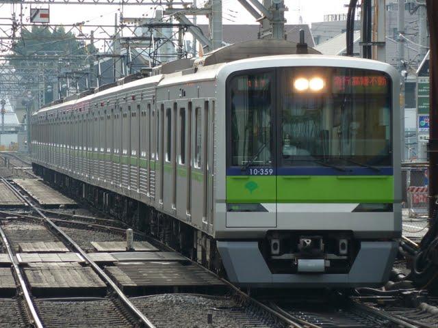 京王電鉄 急行 高幡不動行き6 10-300R形(節電ダイヤに伴う運行)