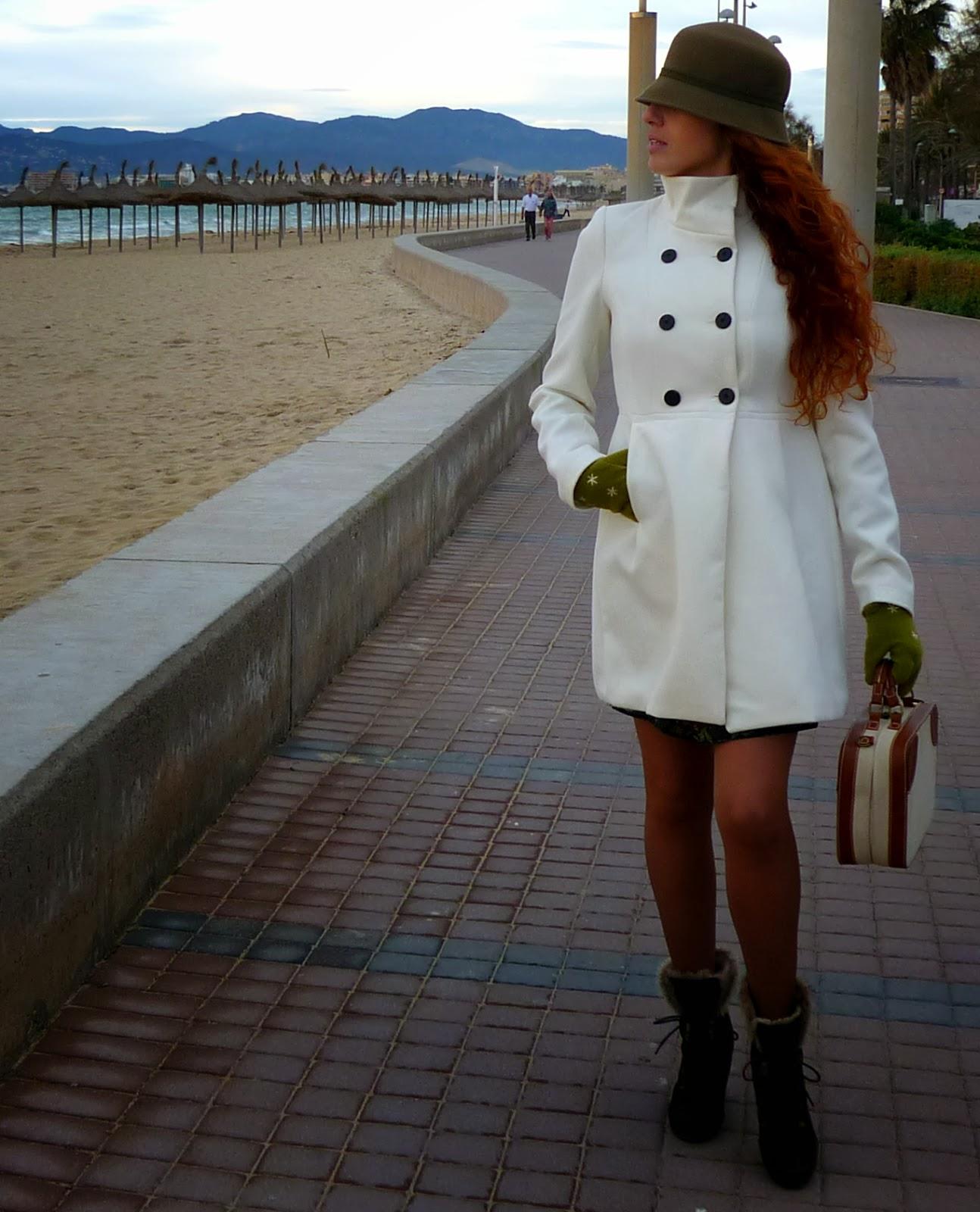 abrigo paño blanco