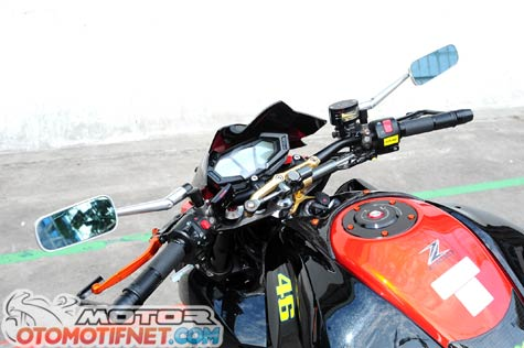 Modifikasi Kawasaki Z800 Si Hitam Garang