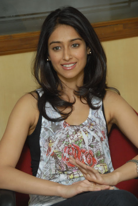 ileana new , ileana photo gallery