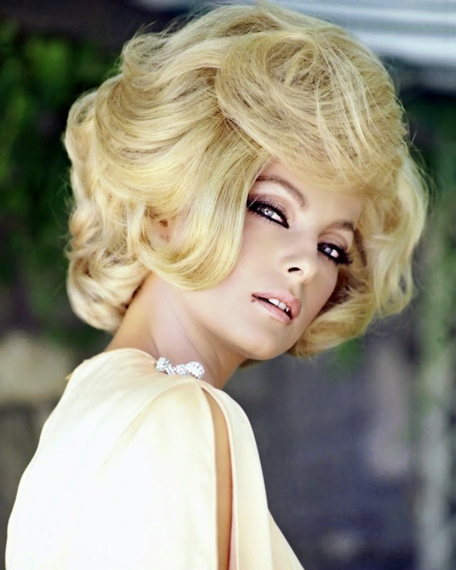 Lactrice Virna Lisi disparaît à 78 ans   Vanity Fair
