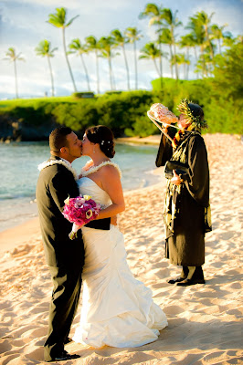 cheap maui weddings, maui wedding planners, hawaii beach weddings, maui weddings