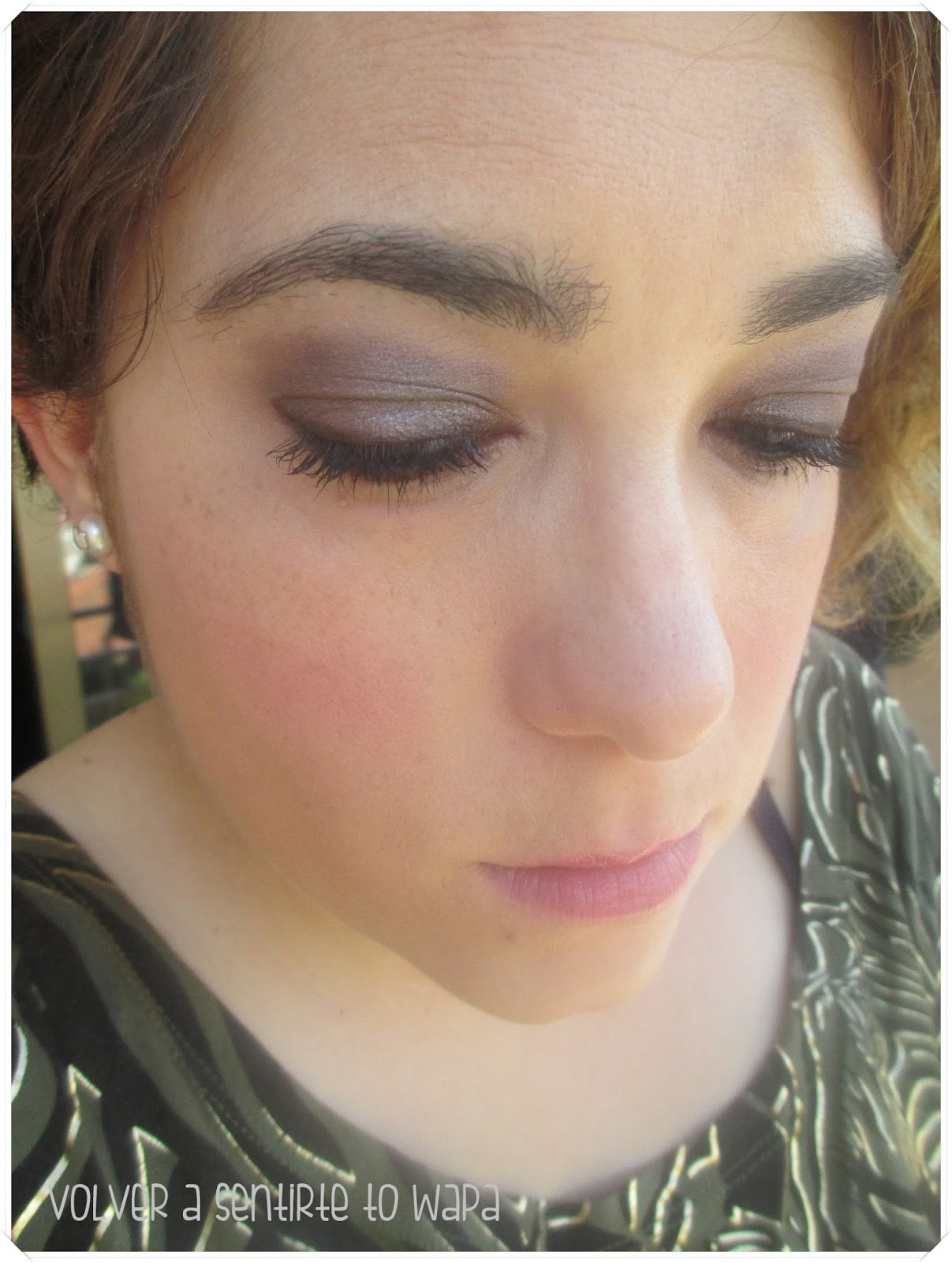 Maquillaje con sombras de Make Up Store