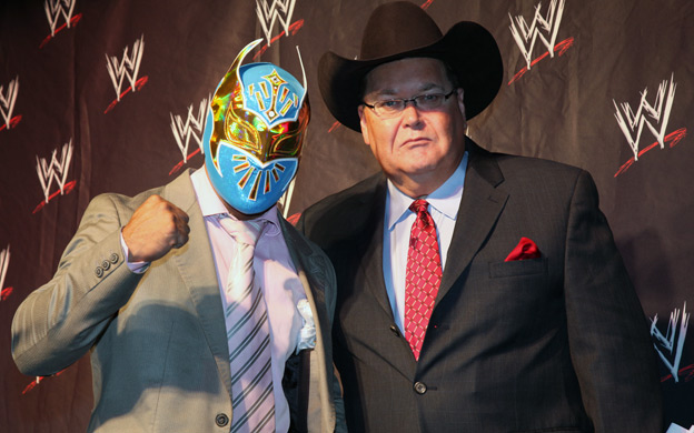 sin cara wrestler wwe. who is sin cara wrestler