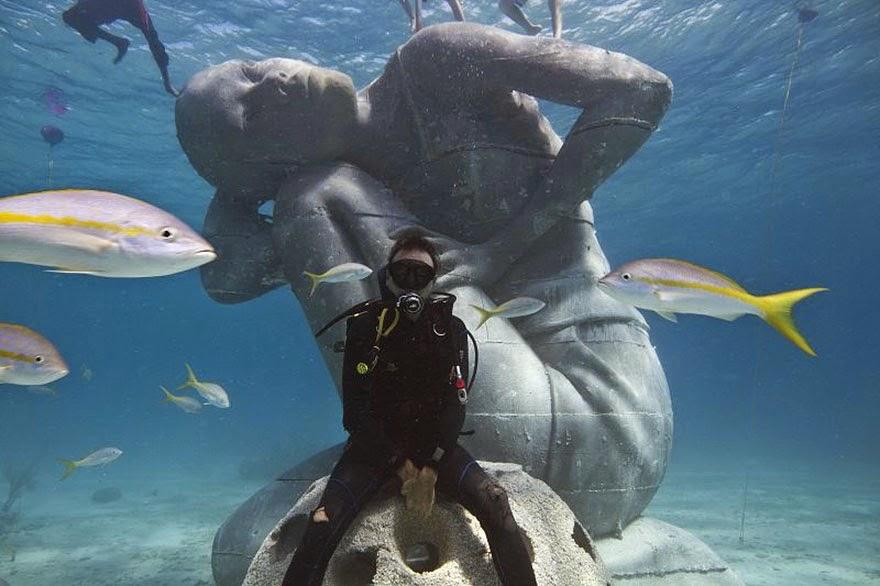 Ocean Atlas, la escultura submarina más grande del mundo del autor Jason de Caires