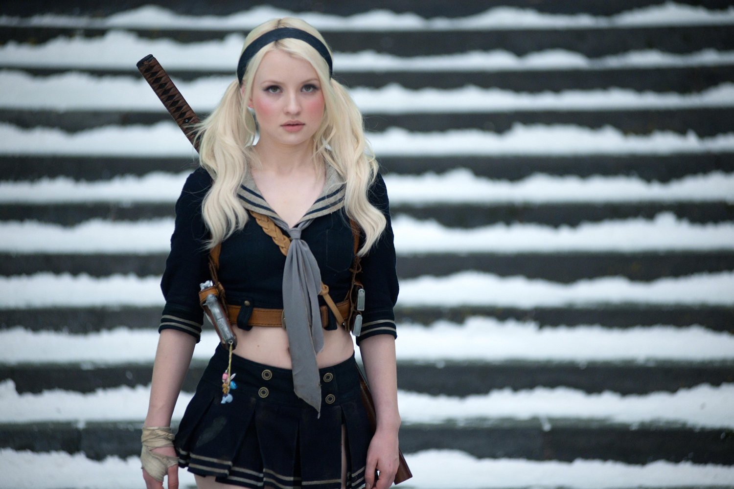 Emily Browning Sucker Punch Hot