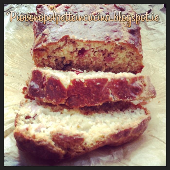 83 - Cake salato al prosciutto, formaggio e olive