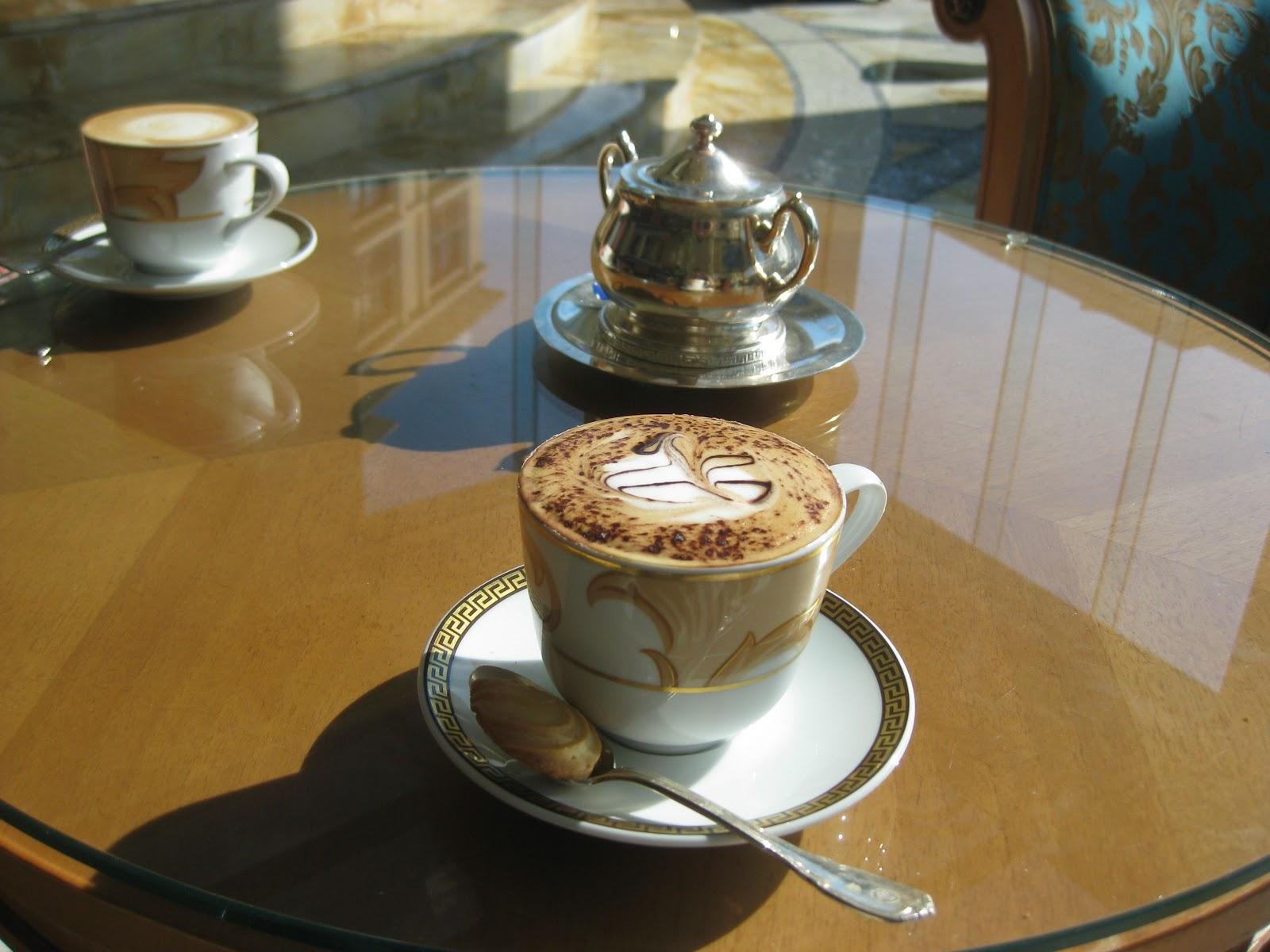 http://1.bp.blogspot.com/-osPkAu4clZA/ULFYkgvXVvI/AAAAAAAACSg/497yopOfX-U/s1600/coffee.jpg