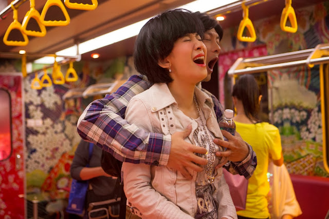 Golden Chickensss (Golden Chicken 3) movie still - Shawn Yue gropes Sandra Ng's breasts! -【金雞sss】余文樂客串電車癡漢 熊抱吳君如