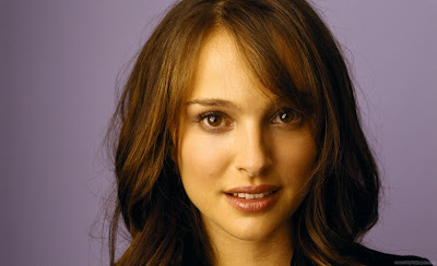 Actress Natalie Portman Wallpaper-HQ-1600x1200-05