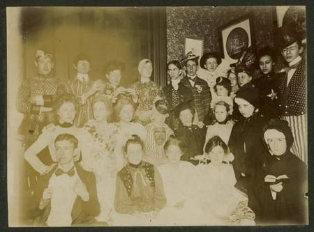 costume party 1890 - Halloween Costumes 1900