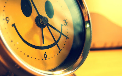 Smiley_clock_creative_ideas