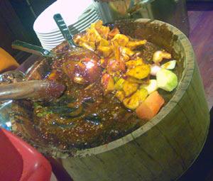 makanan khas indonesia dari daerah aceh - rujak aceh
