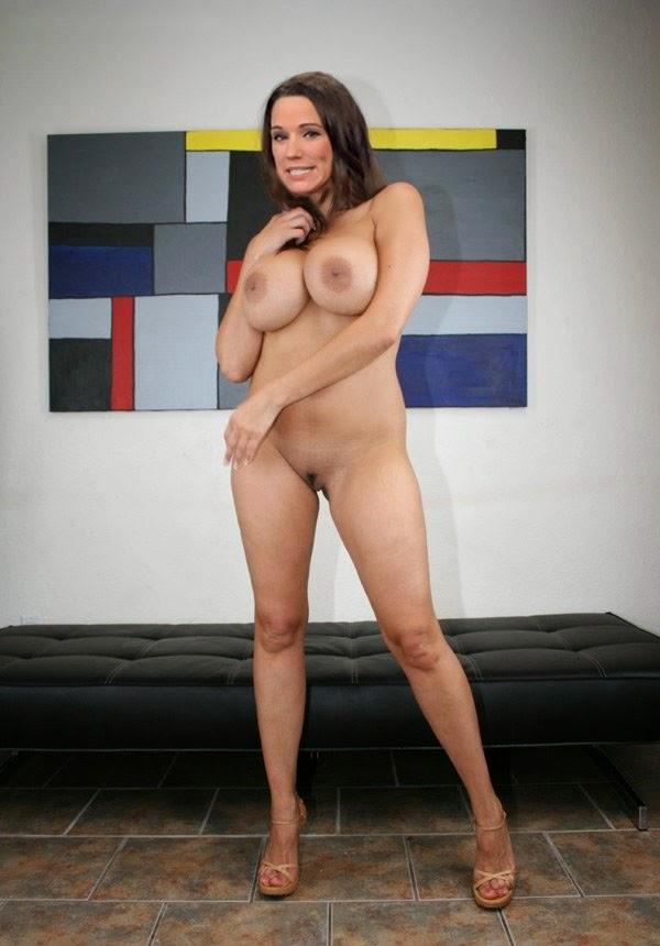 Nackt Bilder : Simone Panteleit Nude Nackt Photos   nackter arsch.com