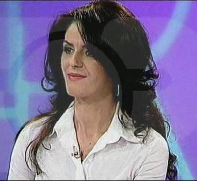 THOUGHT INFINITENESS: Rrëfehet gazetarja Vera Pelaj