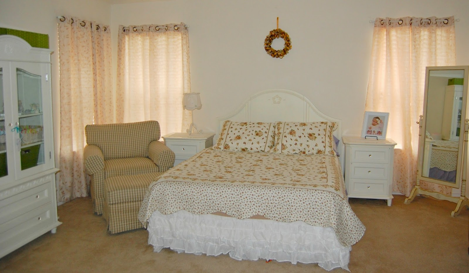 Low on drama frugal mama target 39 s discontinued simply - Simply shabby chic bedroom furniture ...