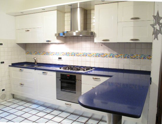 Cambiare Colore Alla Cucina. Trendy Looking For A Paint Color To ...